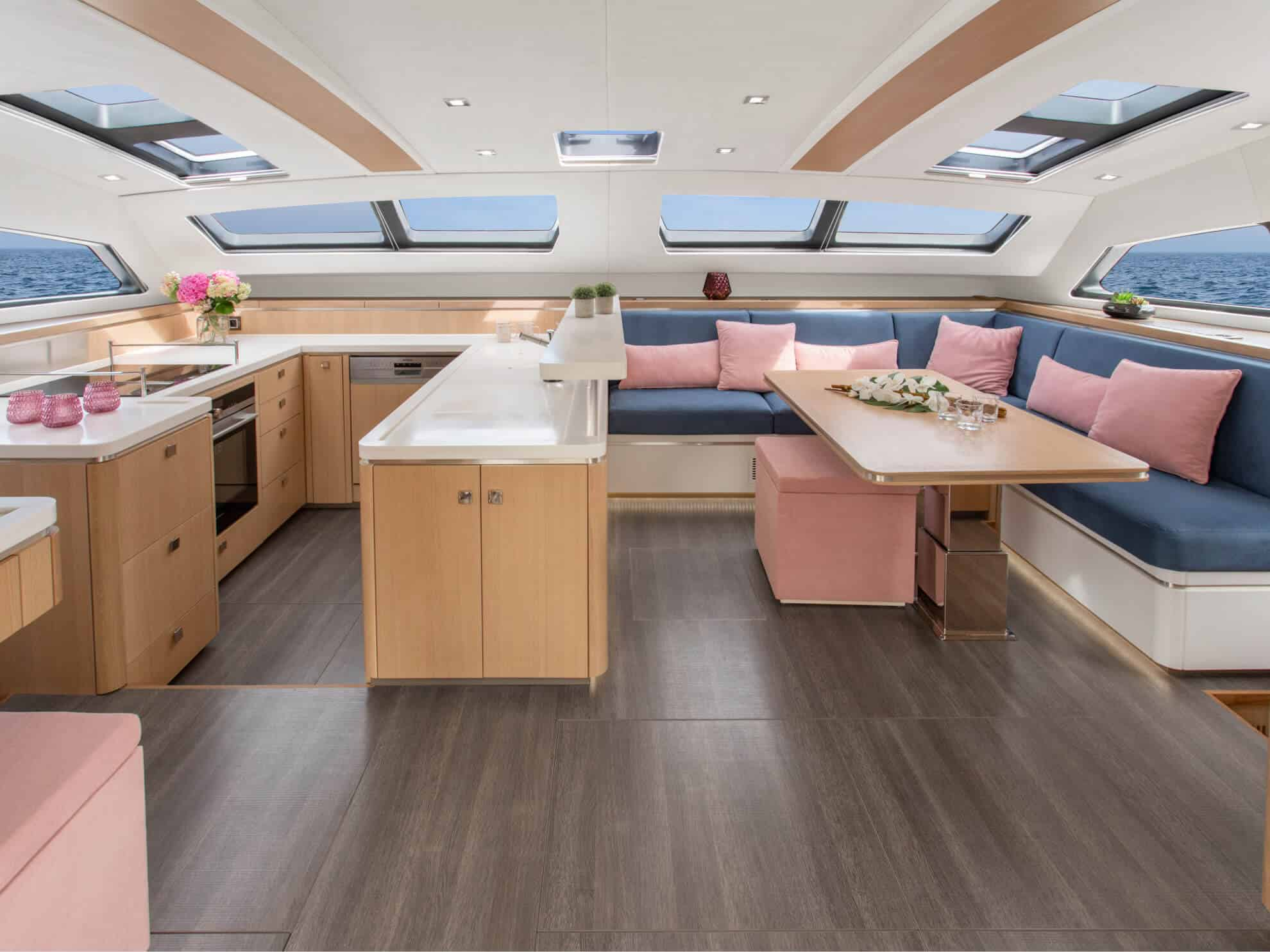 Salon overview aboard the Euphorie 5