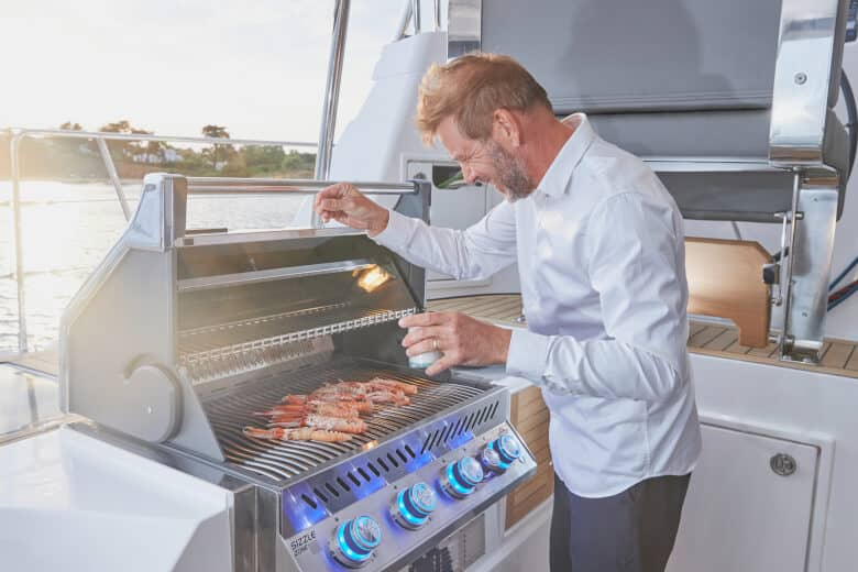 Privilege 510 Outdoor Grilling Station