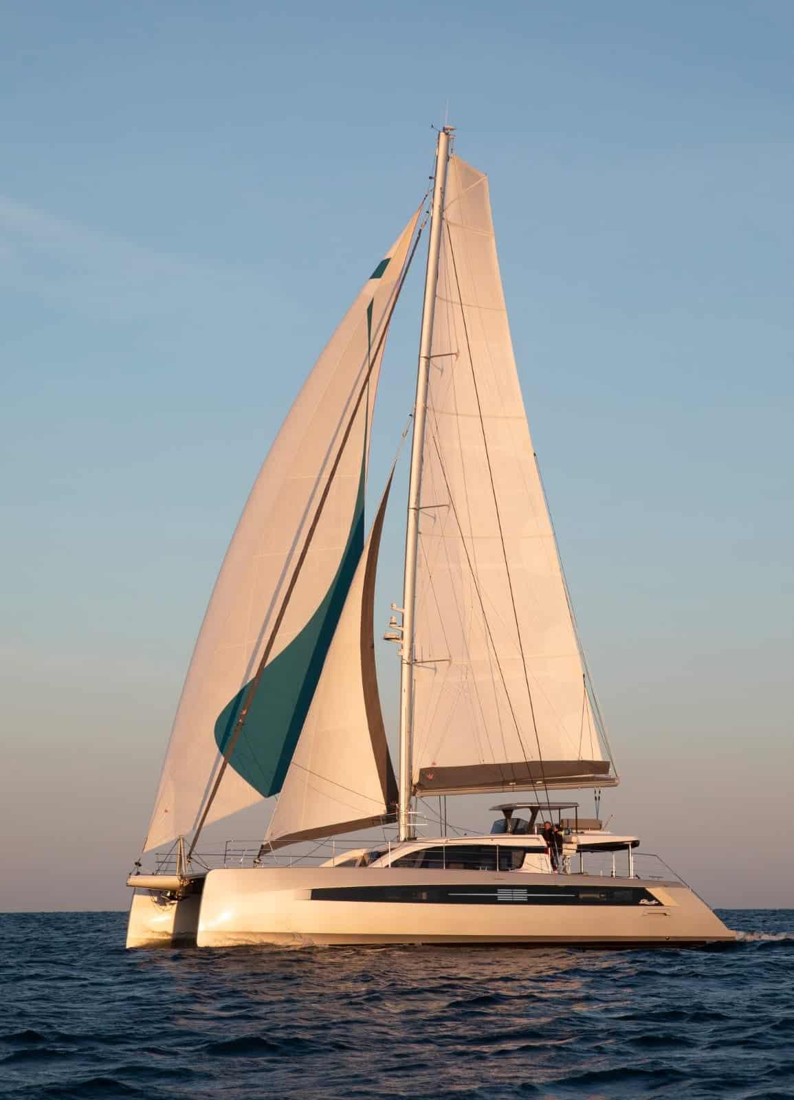 Privilege 580 Sailing
